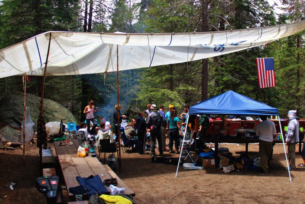 The Ways to Successfully Plan and Go Camping with Friends