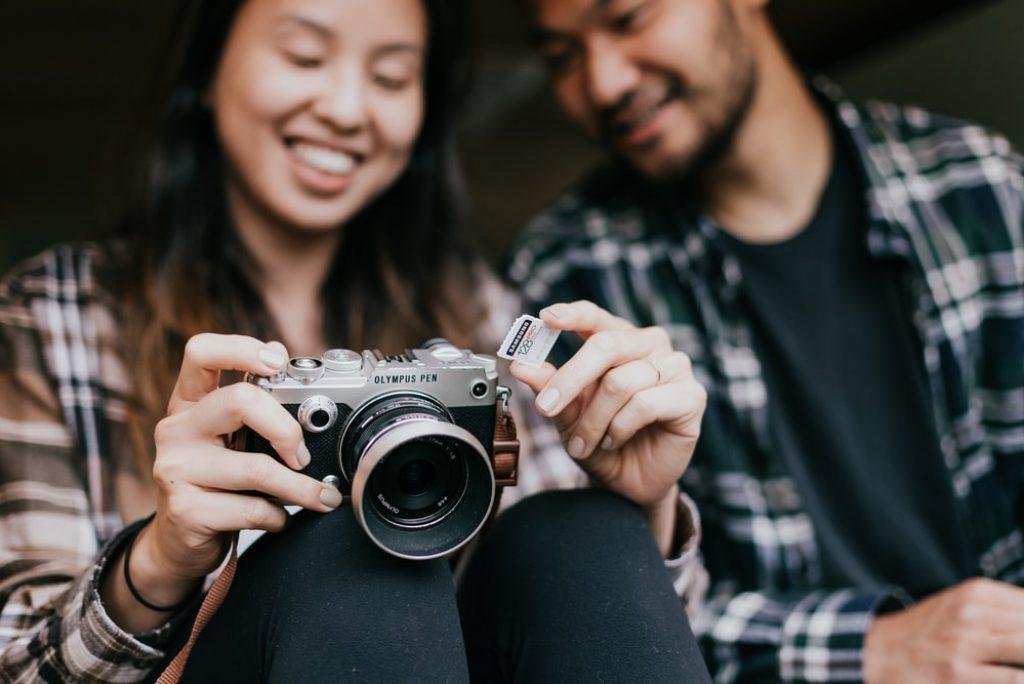 Best Mirrorless Cameras for Beginners 2021