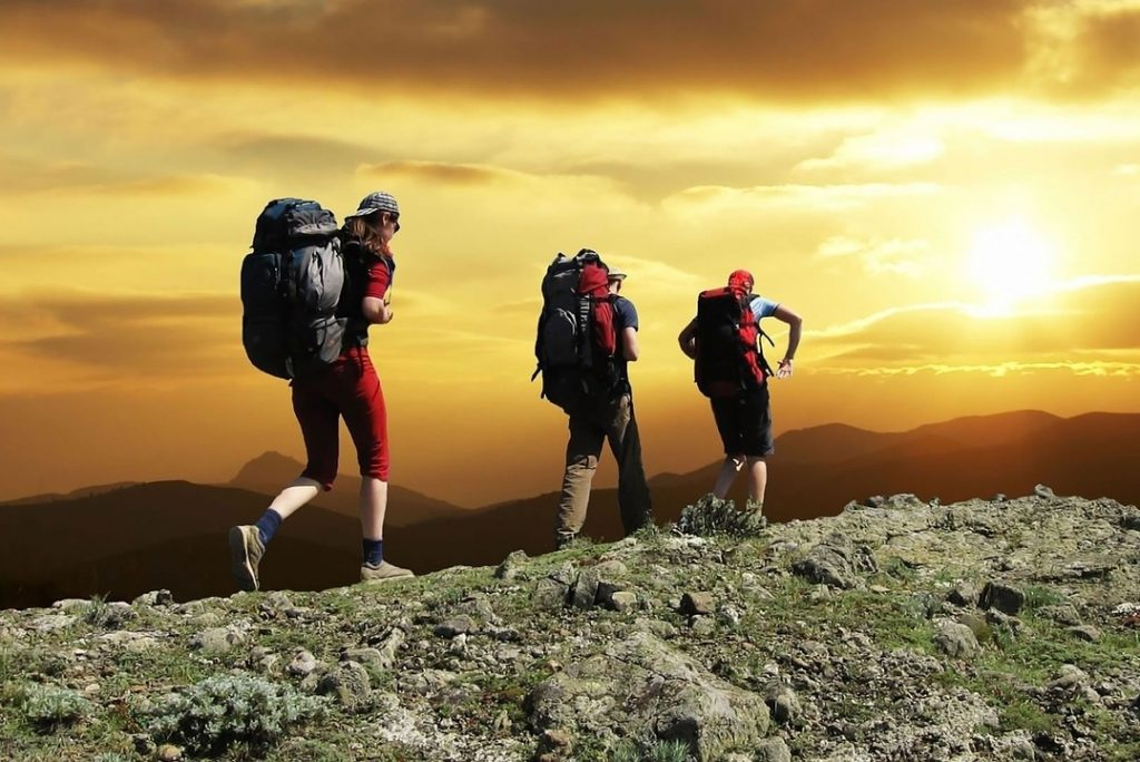 13 Tips to Avoid Getting Lost Hiking